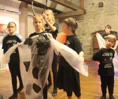 Театральная студия «Летающая корова»